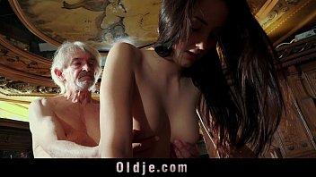 Porno carioca velho comendo filha