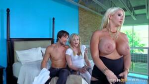 Mamãe samba porno sexo quente entre familia da putaria