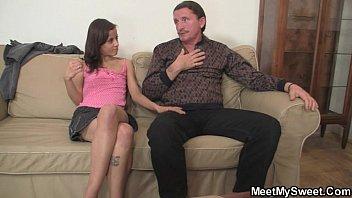 Menor porno com papai e ninfeta filha
