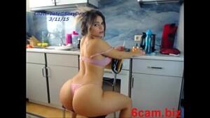 Minha cunhada gostosa caiu na net dançando pelada na webcam