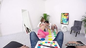 Videos de incesto irmas gostosas fazendo sexo com primo safado