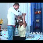 Pai fazendo sexo a força com sua prima gostosa neste Video Porno Amador