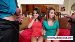 Dois pais doido levam suas duas filhas pra fazer suruba com as novinhas