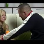 Videos de incesto com padastro safado estuprando a buceta da enteada novinha neste video Porno de incesto amador