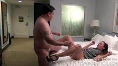 Sobrinha fodendo com tio gordinho empresário no hotel