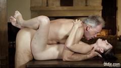 Tio professor da rola grossa pratica oral e faz sexo com sobrinha top
