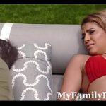 Videos de incesto Mãe fodendo filho safado enquanto papai dormia na piscina