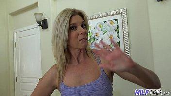 Cam4.com loira madura perfeito sendo chupada e chupando pica do vizinho