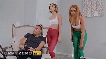Xvedios pornô dotado comendo as amigas lésbicas deliciosas