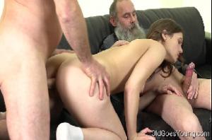 Xhamster sobrinha puta faz dupla penetração anal com tios