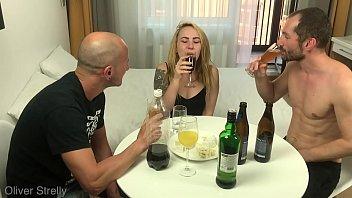 Vidio pornor loira delira com dois paus na buceta na suruba