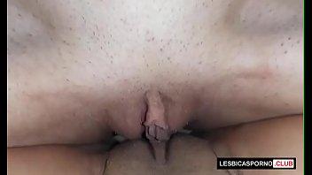 Acompanhantes photo lésbicas esfregando as bucetas beiçudas